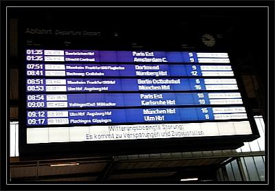 Zuganzeiger in Stuttgart Hbf